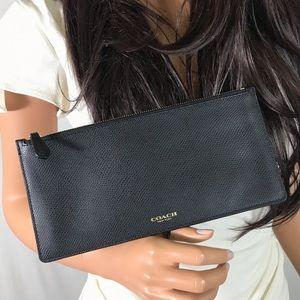 COACH MINT Black Leather Zipper Pouch Wallet